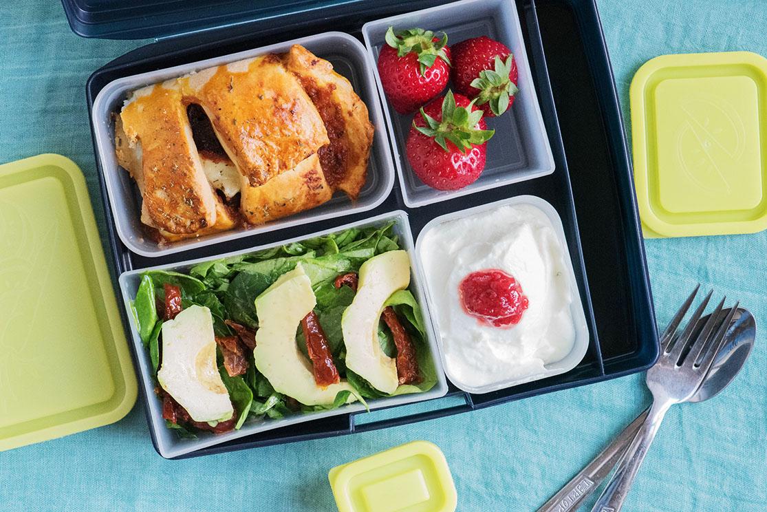 lunchbox меню за деца болонезе в пита