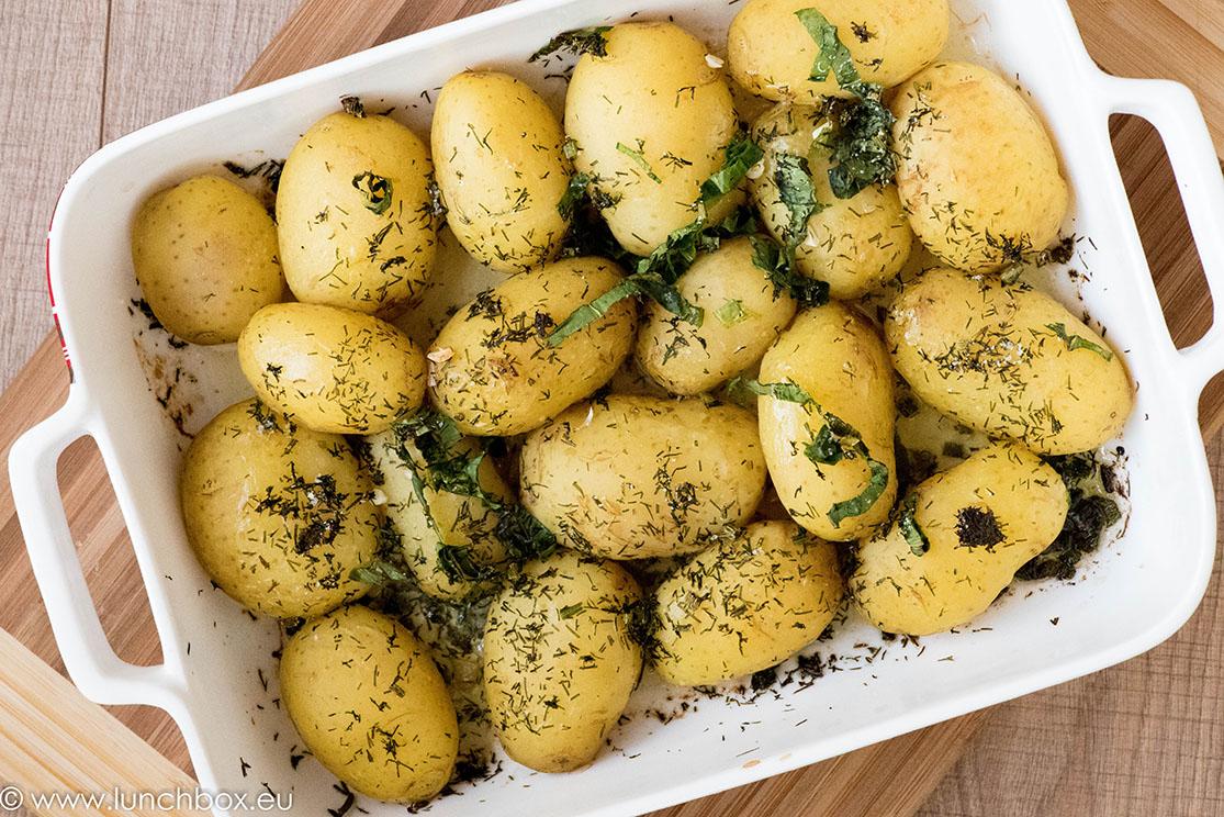 пресни картофи с масло