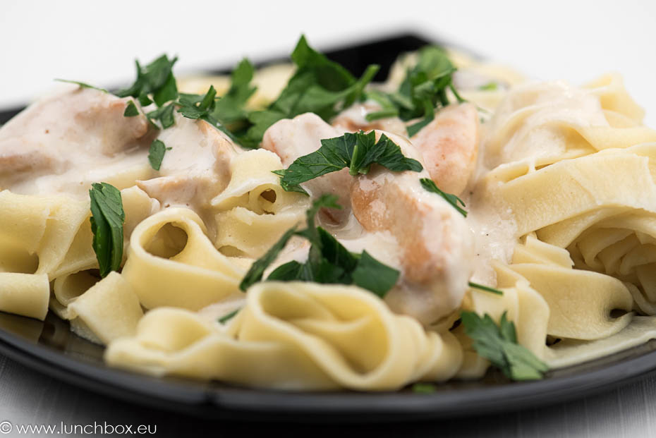 Fetuchini With Light Alfredo
