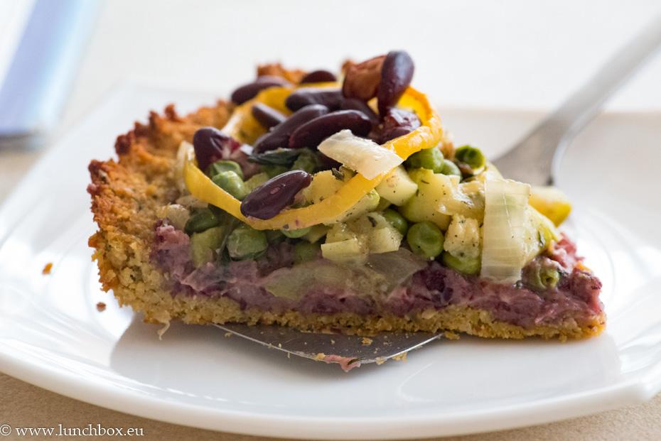 Нахутена веган тарта със зеленчуци
