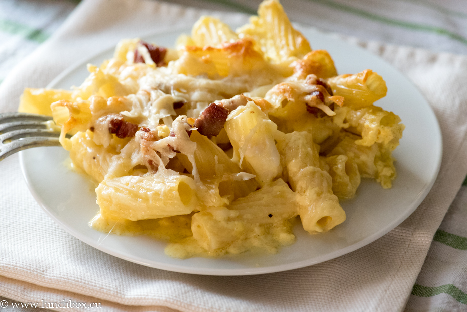 Макарони със сирене