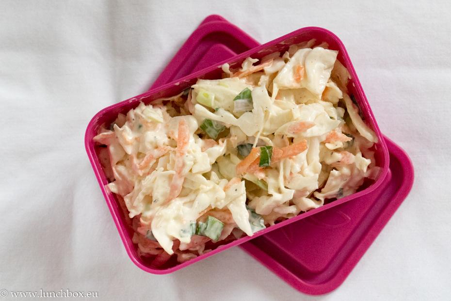 колсло салата в кутия за храна Lunchbox L с капак