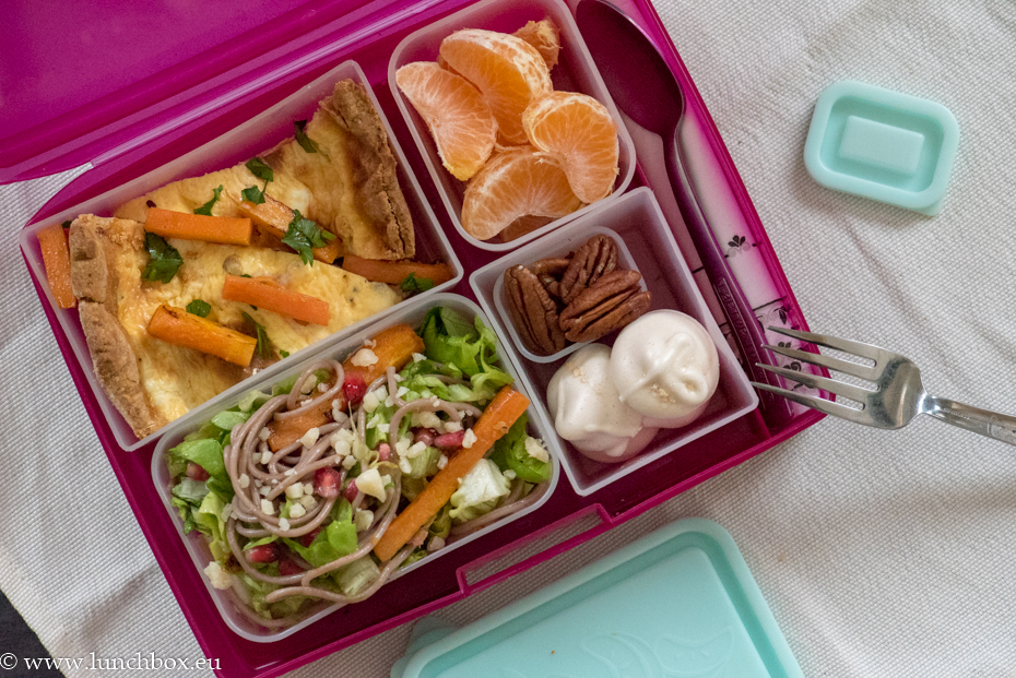 lunchbox menus киш със сьомга