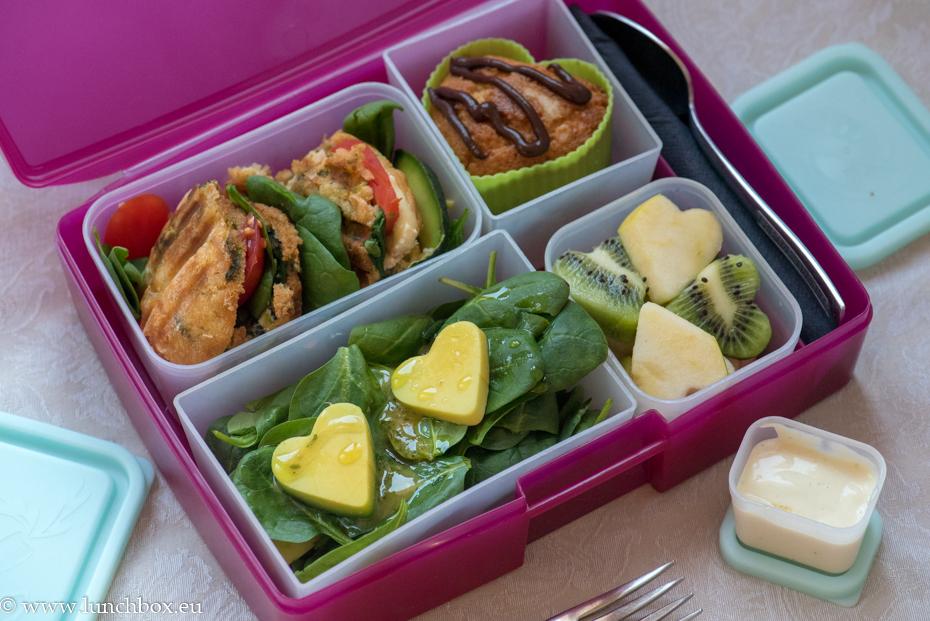 Lunchbox menu zucchini bread
