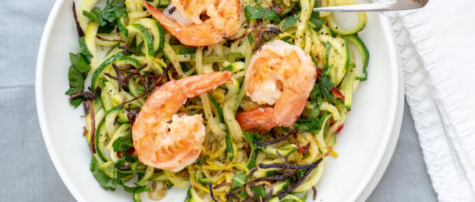 Courgettes with shrimps, chilli and lemon
