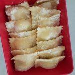 На този етап можете да приготвите пресни равиоли и да подредите няколко порции в кутии и да замразите във фризера.