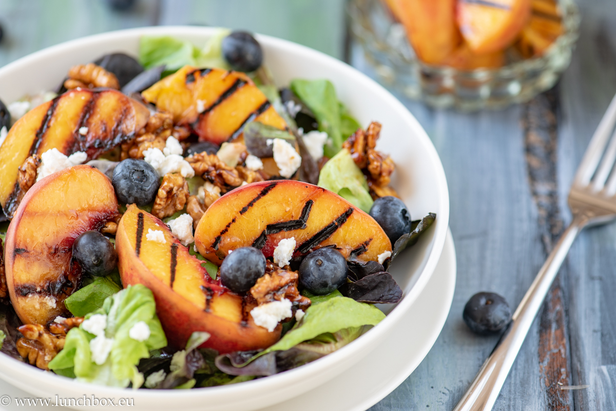 The best grilled-peach salad ever