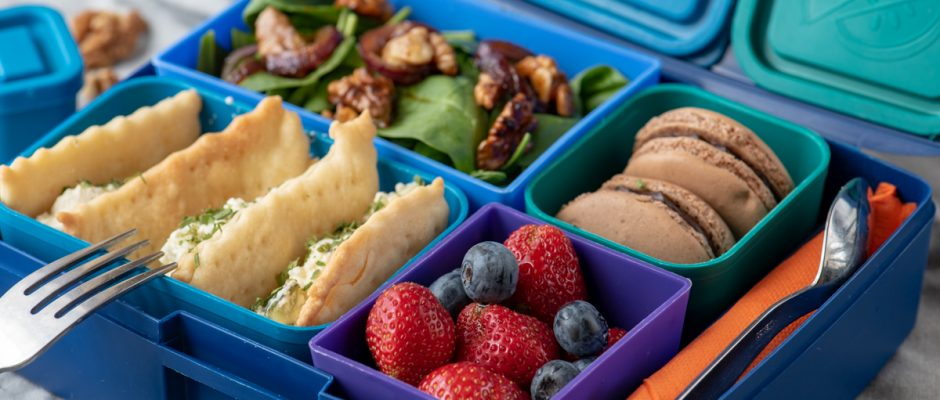 Lunchbox menu berry sandwich