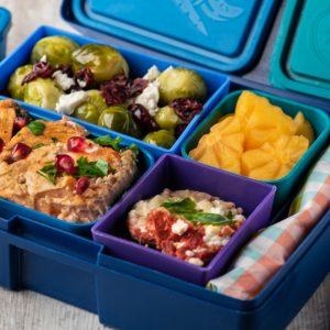 Lunchbox Сьомга в кокосов лайм сос