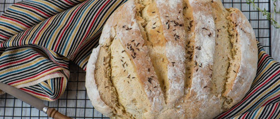 Царевичен хляб с кимион