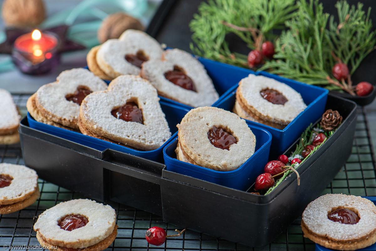 Линцер бисквити Lunchbox