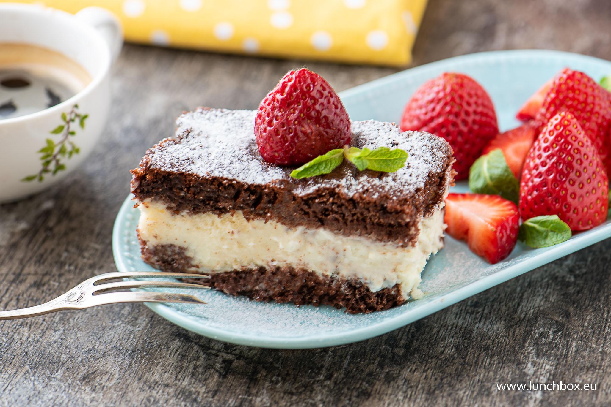 Торта с бял шоколадов мус