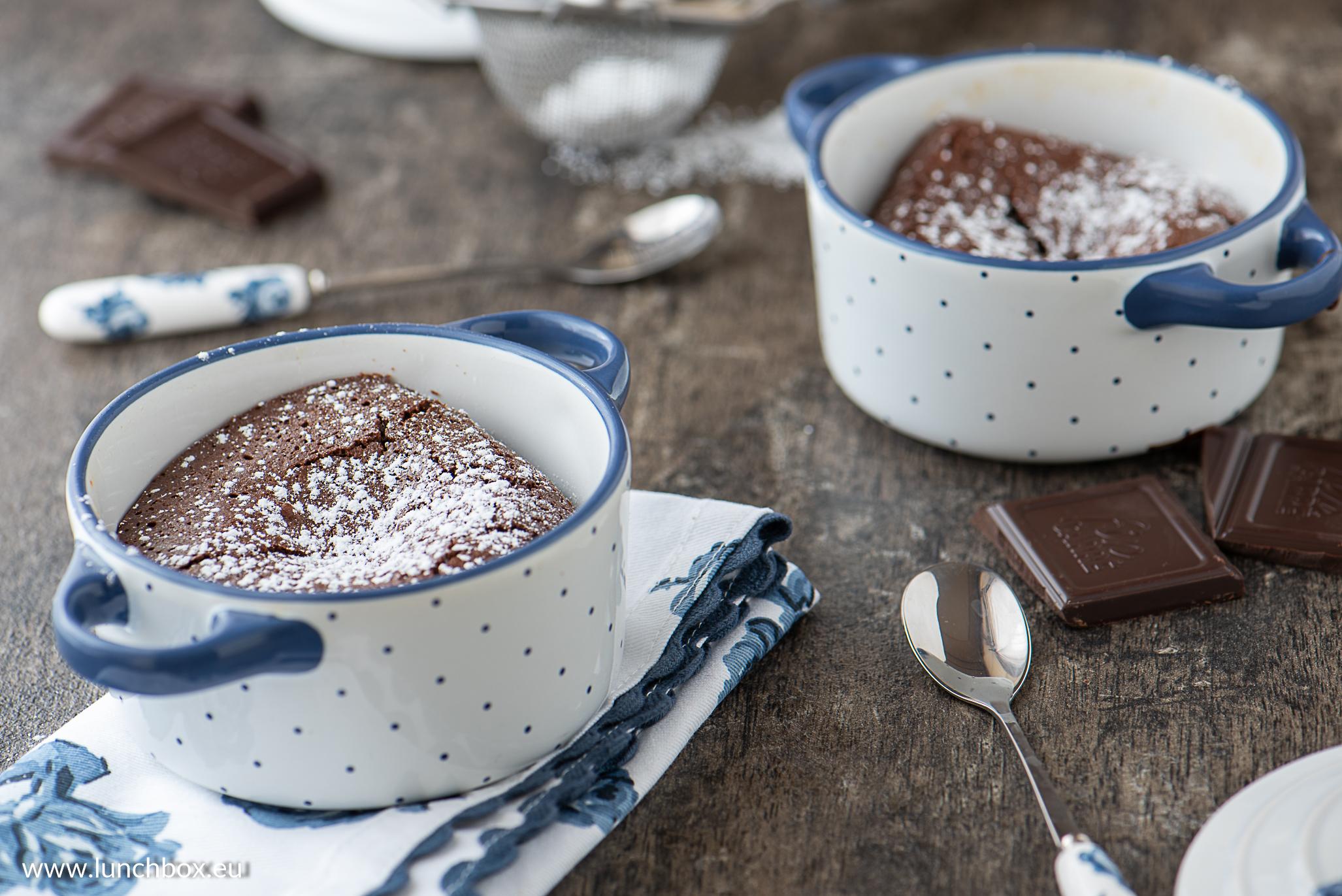 Rich flour free chocolate cakes